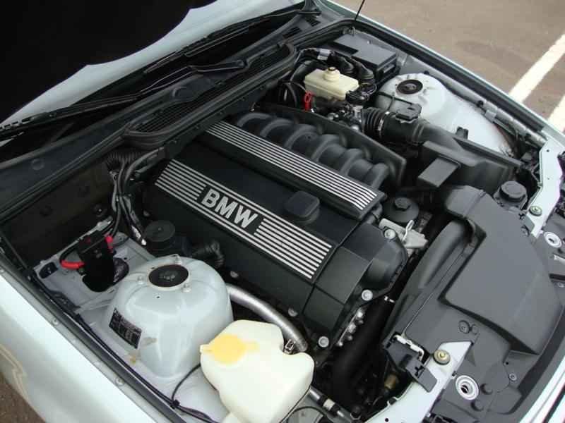 8091 - BMW 328i 1997  17.000km