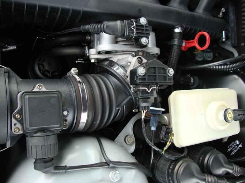8097 - BMW 328i 1997  17.000km