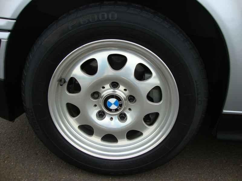 8100 - BMW 328i 1997  17.000km