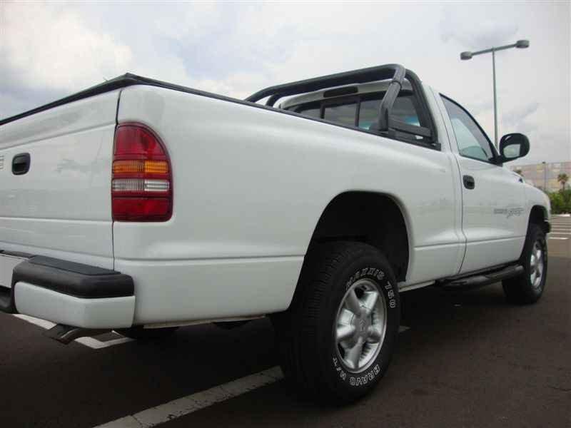 8135 - Dakota Sport V6 1999