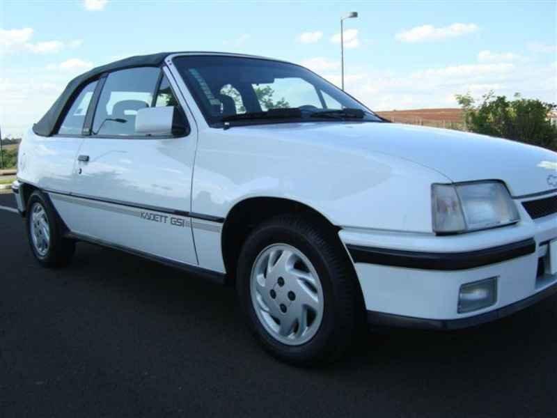 8738 - Kadett GSi 1995