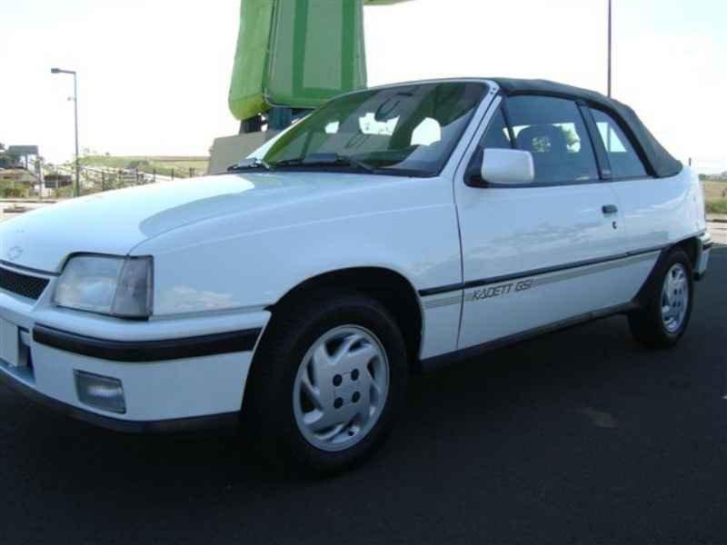 8739 - Kadett GSi 1995