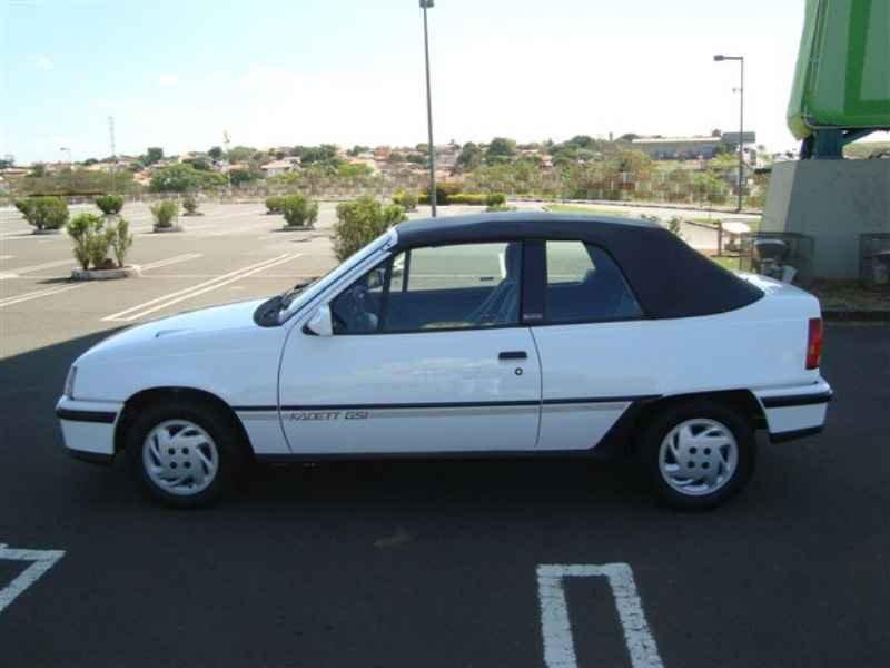 8742 - Kadett GSi 1995