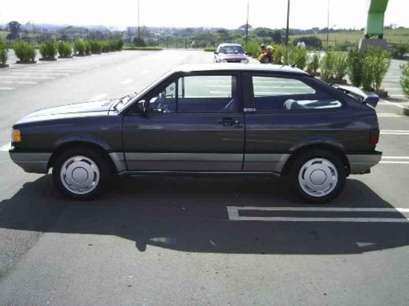 8818 - Gol GTi 1992 34.000km