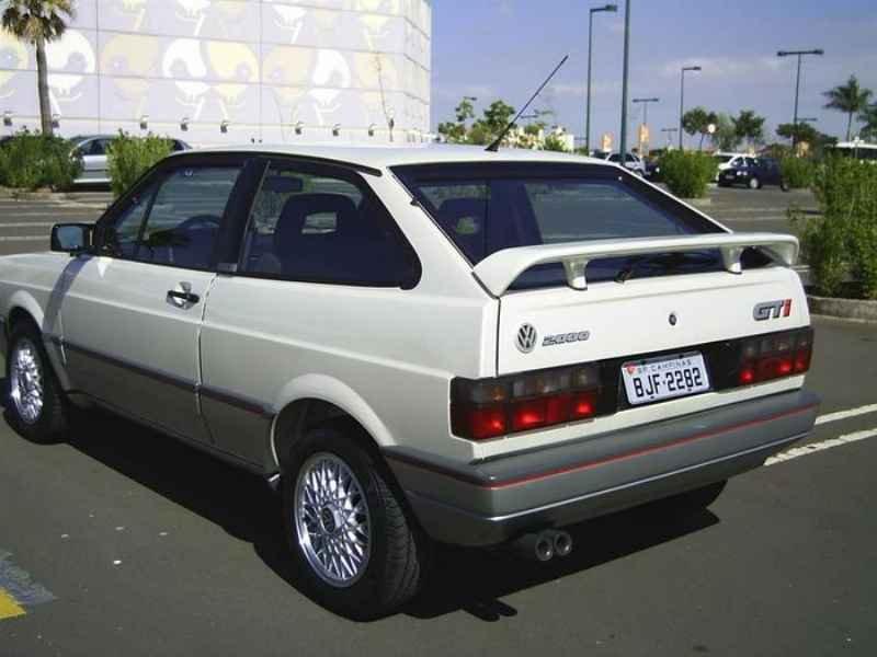 8886 - Gol GTi 1993