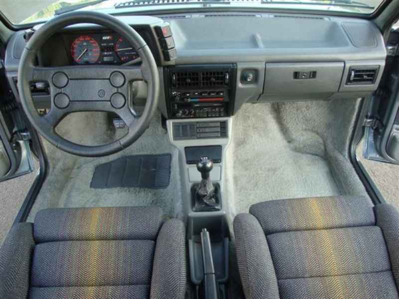 9047 - Gol GTi 1992