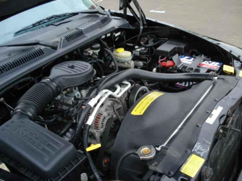9354 - Dakota Sport V6 1999