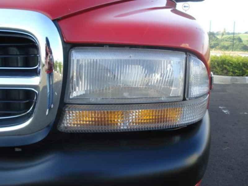 9365 1 - Dakota Sport V6 1999