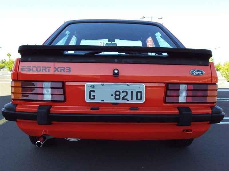 9556 - Escort XR3 1985  37.000km