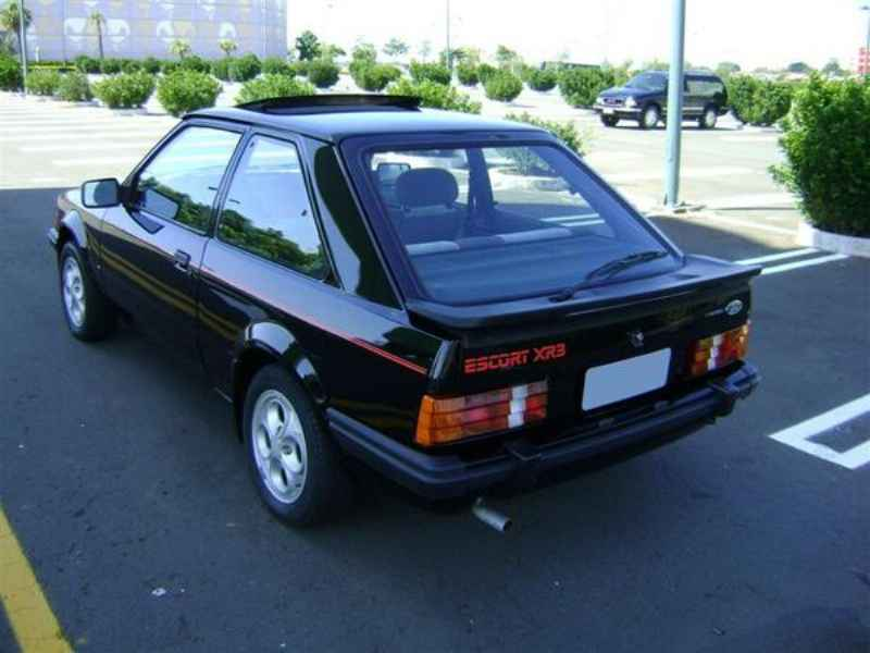 9587 - Escort XR3 1986  5.000km
