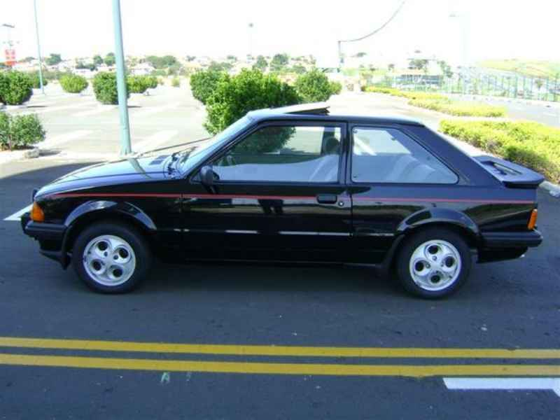 9595 - Escort XR3 1986  5.000km