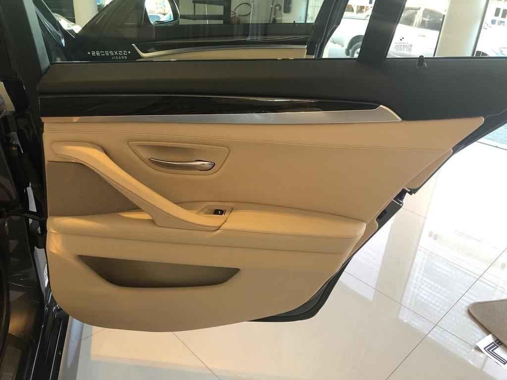 45301 - BMW - 535i ´´novíssima``