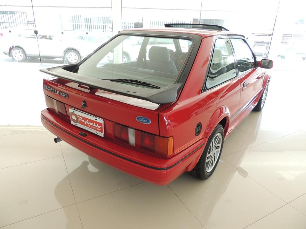 ESCORT XR3 1991 4 1024x768 - ESCORT 1.8 XR3 Fórmula 0km Único_Zero_no_Brasil