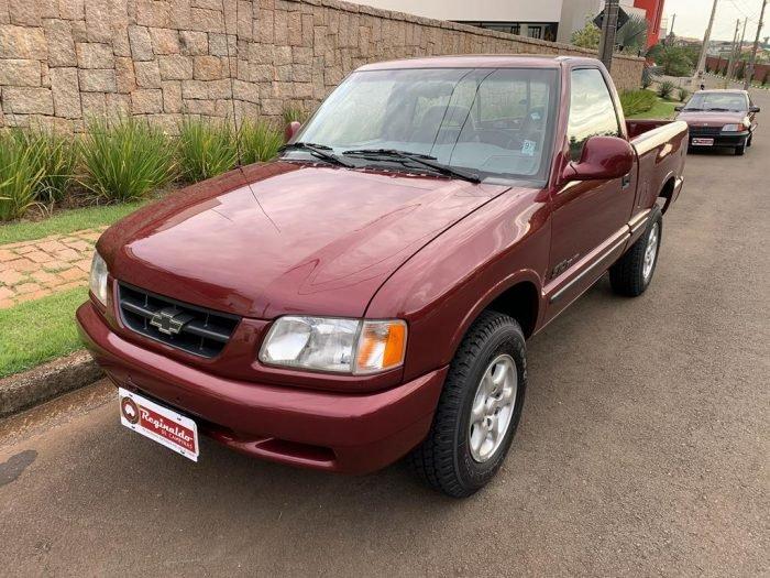 S10 De luxe 1995 1 700x525 - S10 Deluxe Ar Cond ´´7.000km``