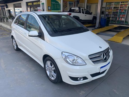 1 Copy 500x375 - MERCEDES B180 FAMILY
