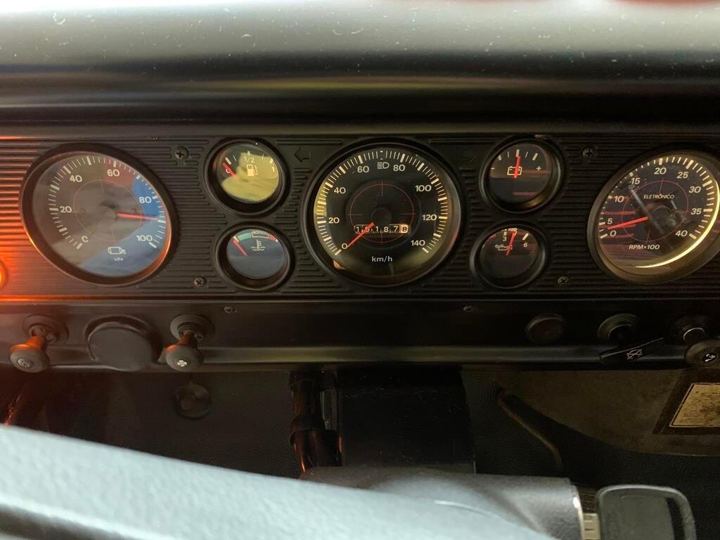 F 11000 12 Copy 1024x768 - F-11000 1988 para Coleção